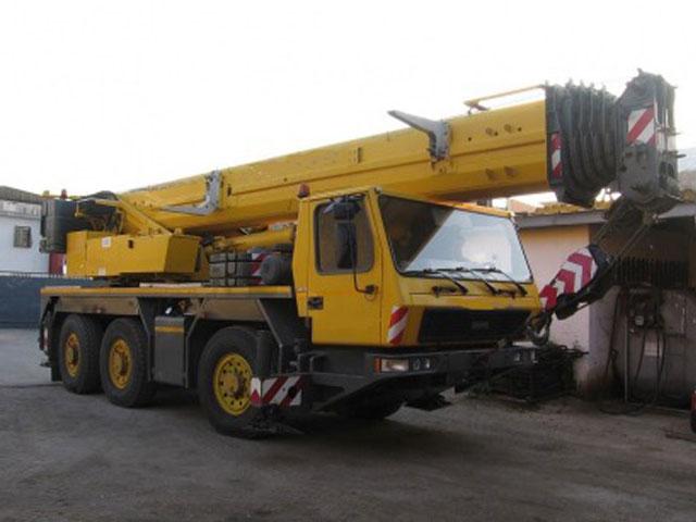 Автокран Liebherr 60 тонн ltm 1060
