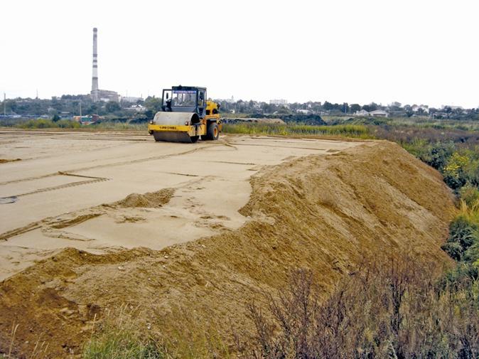 уплотнение грунта катком